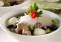 Semangkuk Sup Daging Kombinasi Bisa Bikin Malam Jadi Makin Hangat