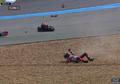 Belom Sembuh dari Cedera, Lorenzo Kecelakaan Lagi FP2 GP Burriram
