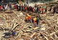 'Tuhan Tidak Menyerang Dua Kali': Cerita Orang-orang Palu yang Membangun Kembali Puing-puing Rumahnya