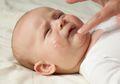 Langkah-langkah Memandikan Bayi dengan Eksim yang Aman dan Tepat