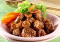 Dijamin Nambah, Kalau Makan Siang dengan Daging Masak Cabai Kering