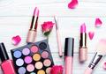 Biar Tahan & Enggak Cepat Kedaluwarsa, Ini Cara Memanfaatkan dan Menjaga 10 Produk Kecantikan!