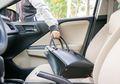 Waspada Sekitar, Ini 3 Langkah Mencegah Pencurian Barang di Mobil