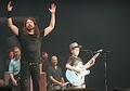Foo Fighters Diajak Bocah 10 Tahun Cover 'Enter Sandman' Metallica di Konsernya