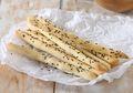 Resep Membuat Grissini, Roti Khas Italia Yang Bisa Kita Buat dengan 5 Bahan Saja