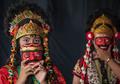 Denyut Sanggar Tari Topeng Mimi Rasinah di Desa Pekandangan Indramayu