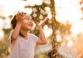 Mengonsumsi Air Hujan Sebagai Air Minum, Amankah Bagi Tubuh?