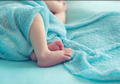 Studi: Faktor Risiko Bayi Mengalami Kematian Mendadak Bervariasi dari Usianya