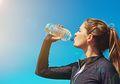 Botol Minuman Jadi Sarang Bakteri, Begini Cara Mencuci Botol yang Baik