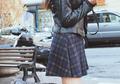 Plaid Skirt Kekinian Juga Dipakai 6 Seleb Indonesia Ini. Fashionable!