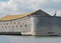 Dikira Bercanda, Pria Ini Bangun Kapal yang Mirip Bahtera Nabi Nuh