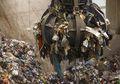 Menolak Jadi Tempat Pembuangan Global, Malaysia Kembalikan Ratusan Ton Sampah