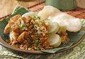 Resep Membuat Lontong Tahu, Menu Sarapan Tradisional Yang Tak Pernah Mengecewakan