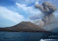 Gunung Anak Krakatau dan Tanjung Lesung, Wisata yang Tak Terpisahkan