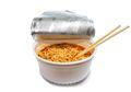 Gemar Makan Mie Instan? Yuk Ketahui Dampaknya pada Tubuh