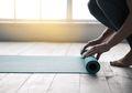 Agar Tak Jadi Sarang Bakteri, Ini Tips Bersihkan Matras Yoga Pakai Cuka!