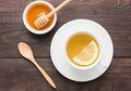Rutin Minum Air Lemon Hangat dan Madu di Pagi Hari Saat Perut Kosong, Khasiatnya Tak Terduga!