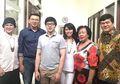 Unggah Foto Ahok Makan Bersama Keluarga, Warganet Salah Fokus dengan Kursi Kosong, Begini Penjelasan Sang Adik