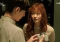 Contek 7 Ide Hadiah Buat Gebetan / Pacar yang Ada di Drama Korea Ini!