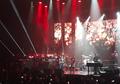 Glenn Fredly Tak Mau Bahas Masa Lalu Saat Konser di Atas Panggung
