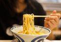 Langsung Makan Mi Saat Berbuka Puasa, Amankah Bagi Tubuh Kita?