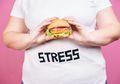 Makan Saat Stres Membuat Berat Badan Bertambah, Apa Alasannya?