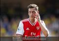 Netizen Temukan Keanehan di Unggahan Terbaru Mesut Oezil, Kode Muak dengan Arsenal?