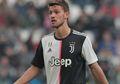 Positif Mengidap Virus Corona, Bek Juventus Akhirnya Angkat Bicara
