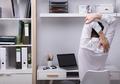 WFH Buat Kerja Terasa Lama, Lakukan Hal Ini Supaya Tak Ganggu Kesehatan