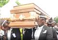 VIDEO - Viral! Duet Lucu Cristiano Ronaldo dan Penari Peti Mati Ghana