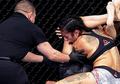 VIDEO - Wasit MMA Diamuk Penonton Karena Keputusan Kontroversial