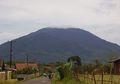 Gunung Karang, Tempat Mendaki dan Berziarah