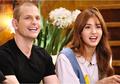 Inspirasi Gaya Fashion Seru dan Kompak dengan Ayah ala Jeon Somi dan Papanya