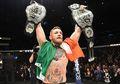 (Video) Conor McGregor Hancurkan Kaca Bus, Habis Itu Menyerahkan Diri ke Polisi