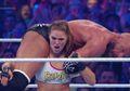 Debut di WWE, Mantan Pegulat UFC Ronda Rousey Tampil Impresif