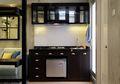 Contek Gaya Industrial di Dapur Kompak Ini