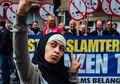 Zakia Belkhiri Punya Cara Unik Menghadapi Kampanye Anti-Islam