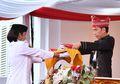 Ternyata Presiden Jokowi Lupa yang Diangkat Bakinya atau Benderanya Saja, Untung Pembawa Bakinya Baik Hati