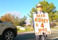 Terharu, Kakek Ini Keliling Kota dengan Jalan Kaki Demi Dapatkan Donor Ginjal untuk Istri Tercinta