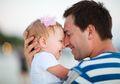 5 Cerita Ini Buktikan Kita Tidak Membutuhkan Seorang Superhero Saat Ada Ayah di Sisi Kita