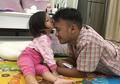 Sederhana dan Membuat Anak Cerdas, Para Ayah Perlu Meniru Yang Dilakukan Ruben Onsu Saat Mengasuh Anak