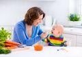 Bayi Boleh Diberi Diberi Makan di Usia 4 Bulan atau 6 Bulan? Ini Kata WHO