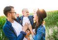 5 Aspek yang Bikin Orangtua Milenial Lebih Hebat dalam Mendidik Anak