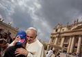 Paus Fransiskus dan Vatikan