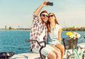 Tips Memanfaatkan Smartphone Saat Liburan