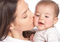 7 Bahaya Bila Bayi Sering Dicium