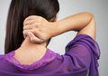Tanpa Anda Sadari, 7 Kebiasaan Sehari-hari Ini Bisa Sebabkan Sakit Leher