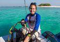Nadine Chandrawinata Ajak Masyarakat Tinggalkan Atraksi Lumba-Lumba Keliling, Alasannya Bikin Hati Tersayat