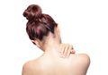 Sering Diabaikan, 4 Kebiasaan Buruk Ini Picu Sakit Leher, loh!