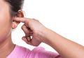 Mulai dari Kotoran Hingga Kemasukan Air, Inilah 3 Penyebab Telinga Kita Tersumbat